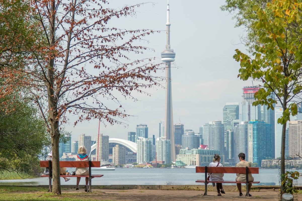 How to Travel Toronto like a Local This Summer